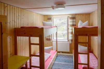 Gemütliche Stockbetten als Schlafmöglichkeit