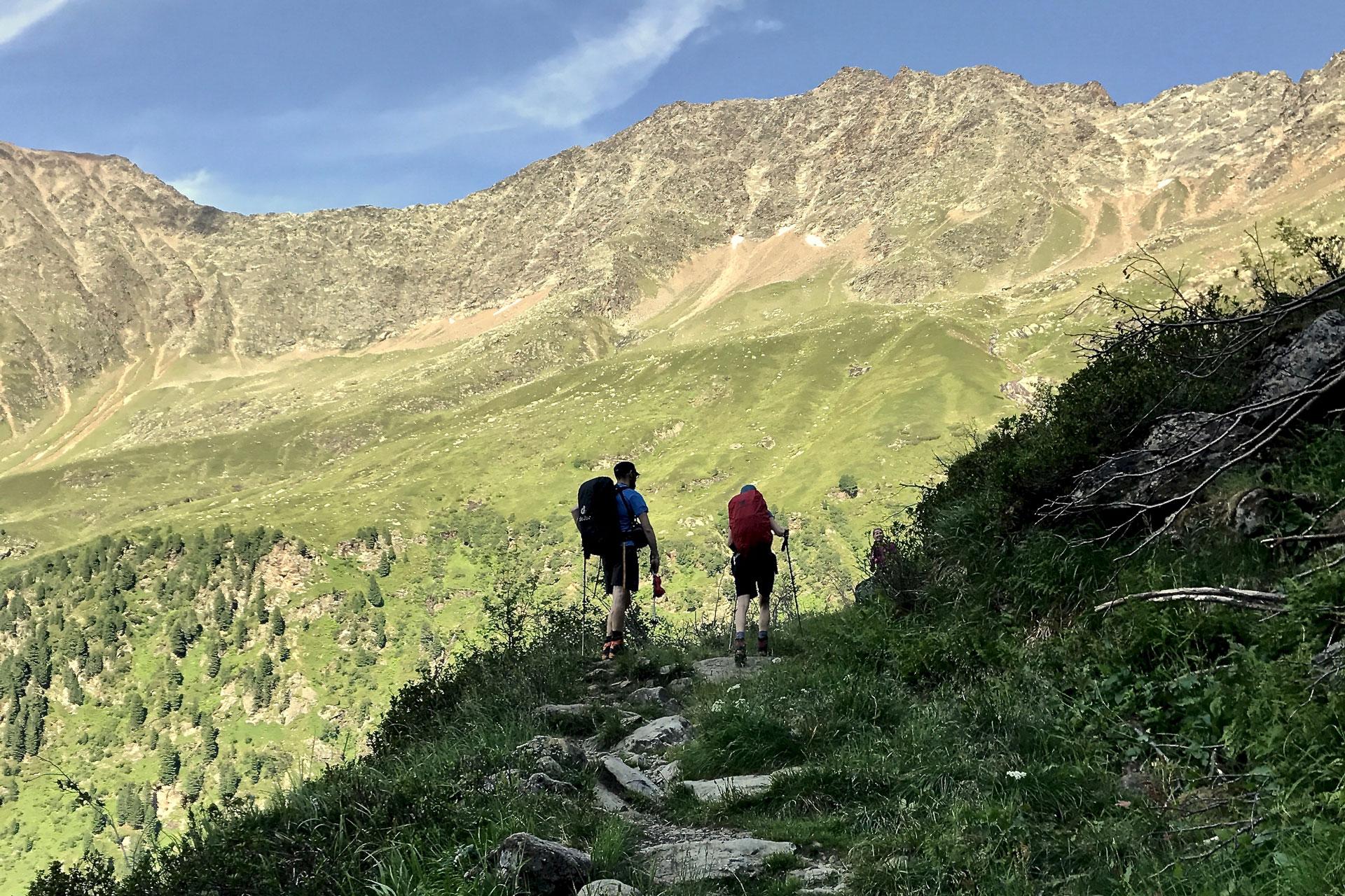 Der Aufstieg zur Nürnberger Hütte im Sommer